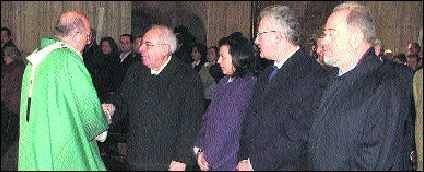 Osoro con pol�ticos en la catedral, 14 enero 2007
