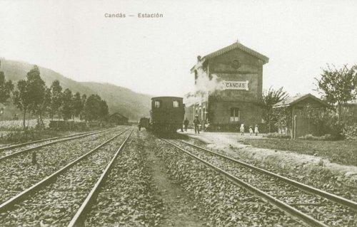 La vieja estación de Candás, del Ferrocarril de Carreño, hoy FEVE