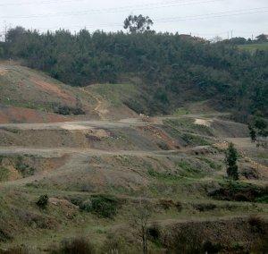 Terreno en Carbaínos, en la parroquia de Cenero, en la que Asturiana de Zinc proyecta el vertedero de residuos industriales (foto Paloma Ucha, El Comercio)