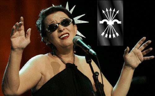 La cantante Maribel Quiñones «Martirio», abonada a festejos pagados con dineros públicos. Empezó con «Jarcha», grupo de demócratas-rojos-de-toda-la-vida que se estrenó con la ópera-rock «Líder», dedicada a José Antonio Primo de Rivera...